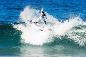 Silvana domina francesa e australiana na estreia e vai direto à 3ª fase em Portugal
