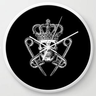 PM Logo Clock