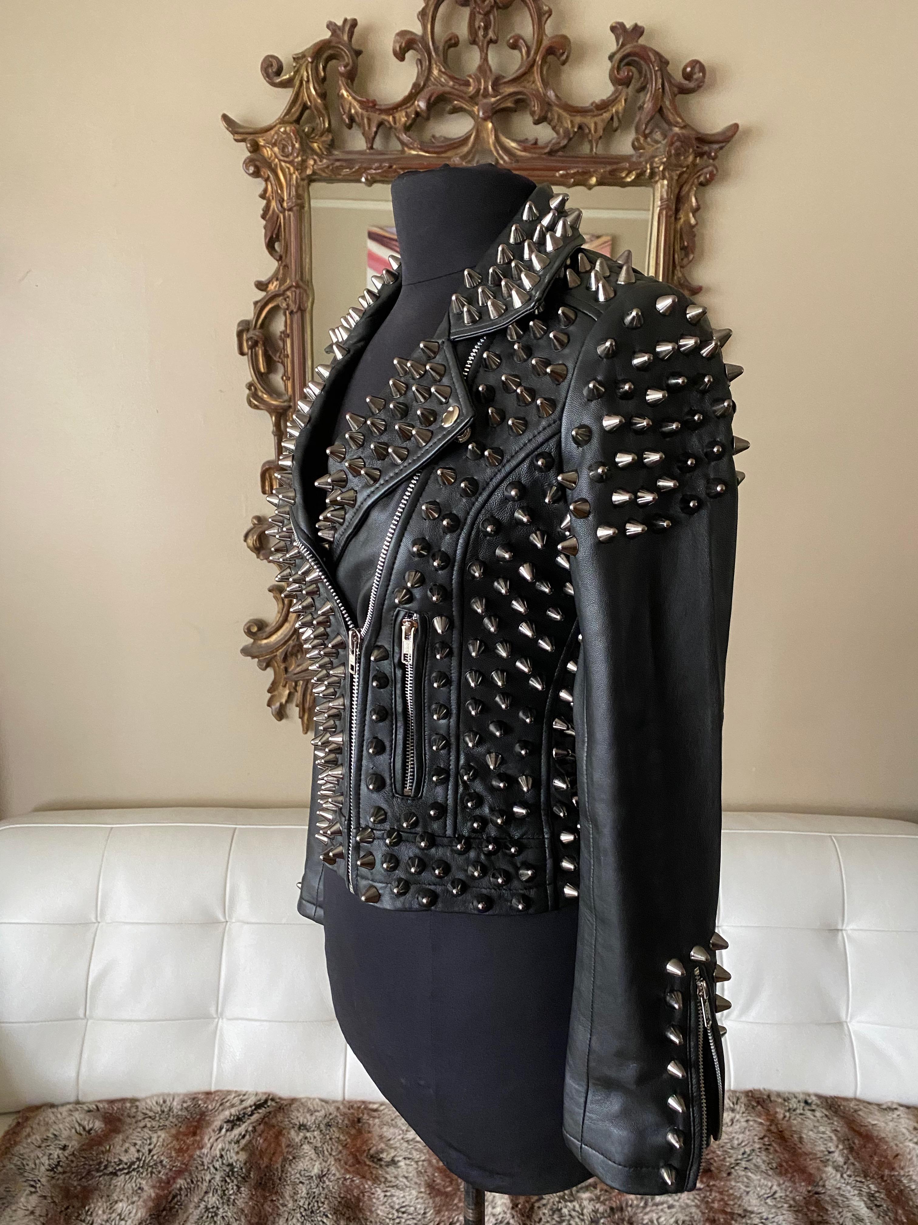 Studded Leather Lambskin L Side