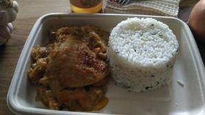YASSA poulet et riz persillé
