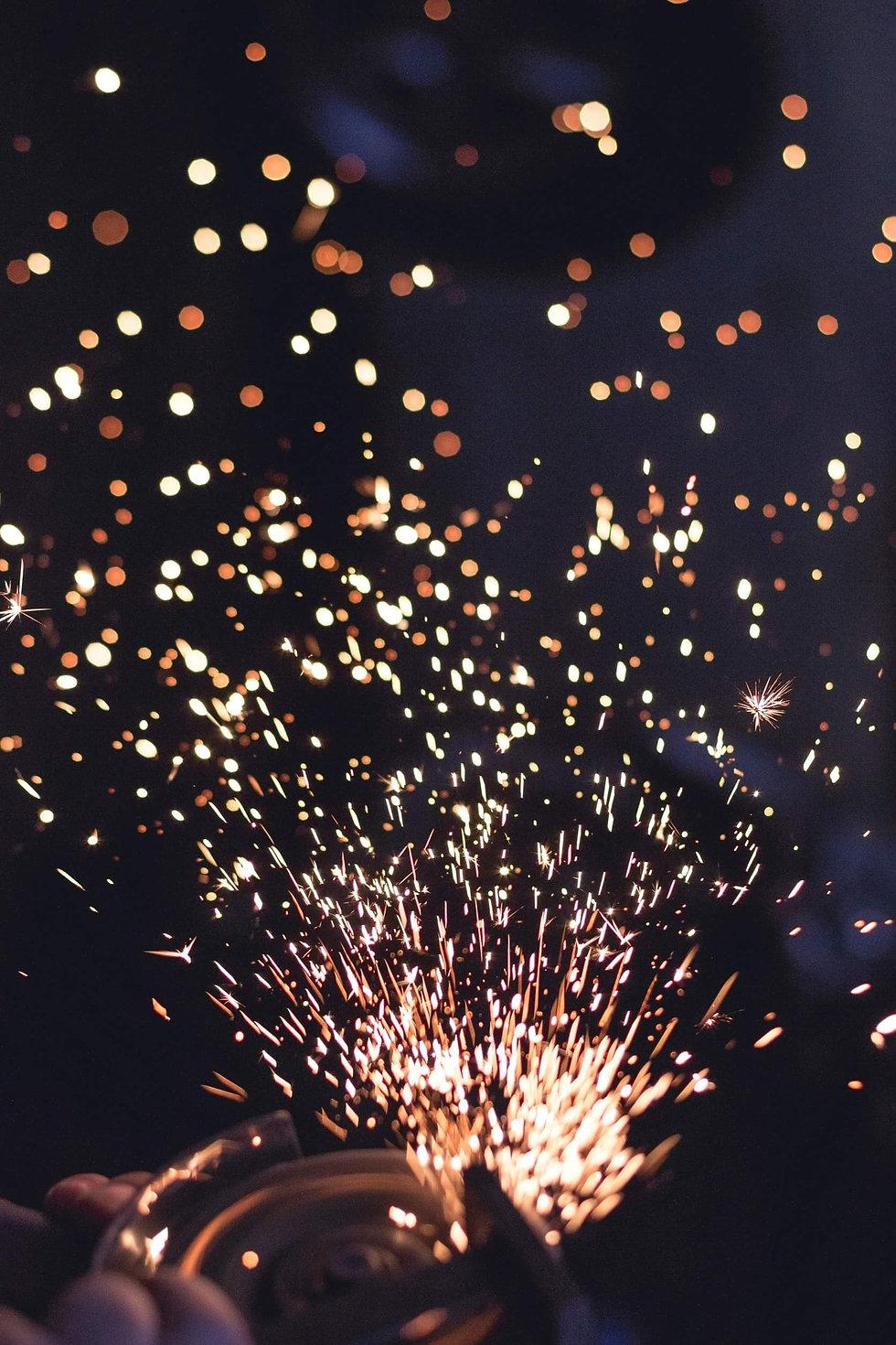 sparks-692122_edited.jpg