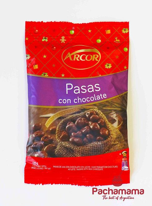 Raisins covered with chocolate