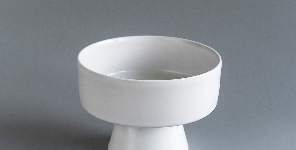 """Japanese Style Ikebana Vase """"Asami"""" White"""