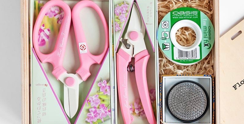 Japanese ikebana Floral Tool Set - Pink