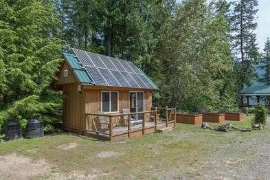Caretakers cabin 2.jpg