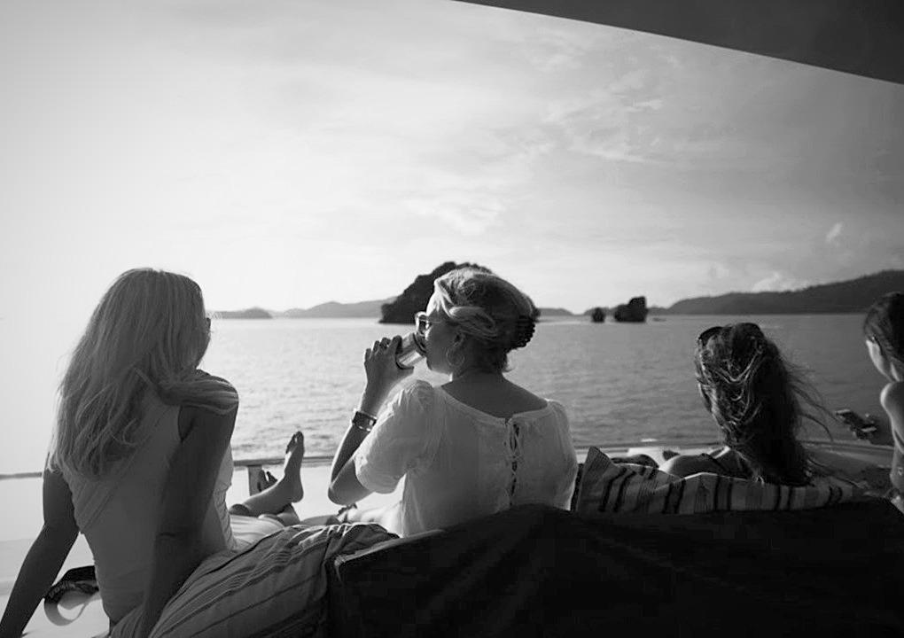 Yacht ladies2_edited_edited