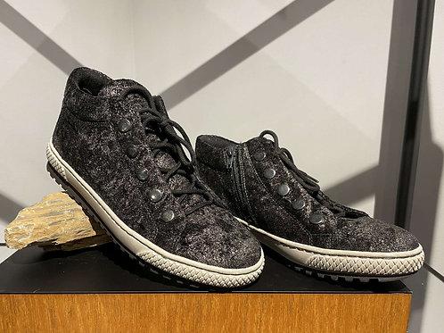 Shimmer Sneaker