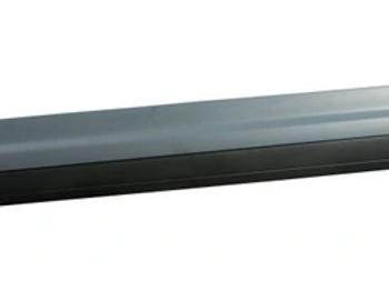 Накладка кузова (на стойку кузова двери перед) левая Кайен 958 НОВАЯ