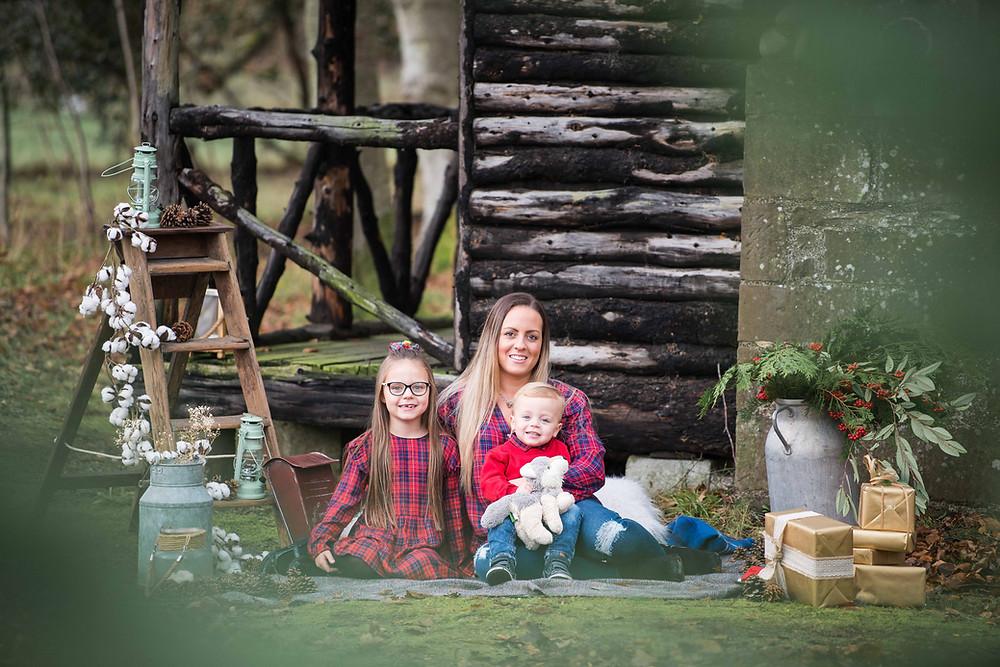 best-aberdeen-family-children-photographer-montrose-outdoor-family-photo-session-the-burn