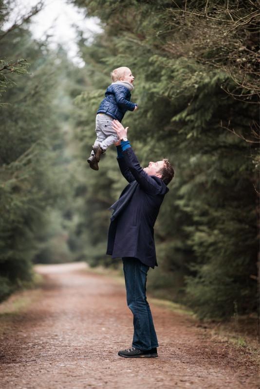 aberdeen-family-photographer-montrose-father-throwing-boy-denlethen woods-laurencekirk-woods