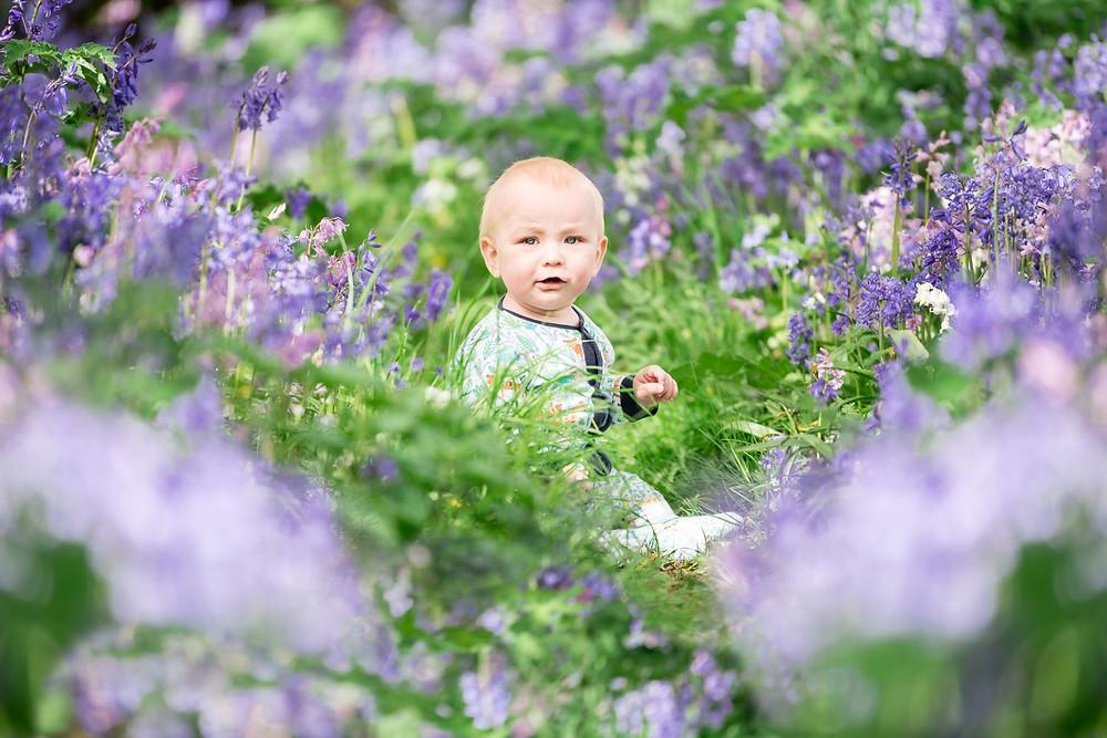 aberdeen-children-family-photosession-baby-sitting-bluebells