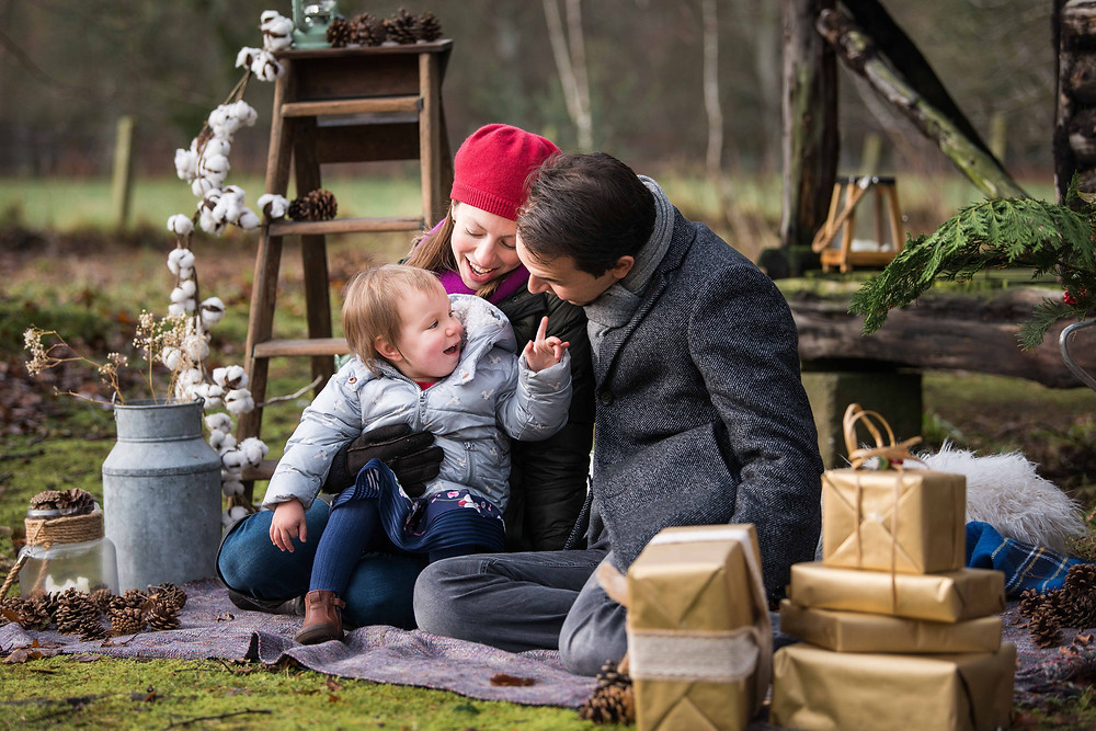 best-aberdeen-family-children-photographer-laurencekirk-outdoor-family-photosession-the-burn