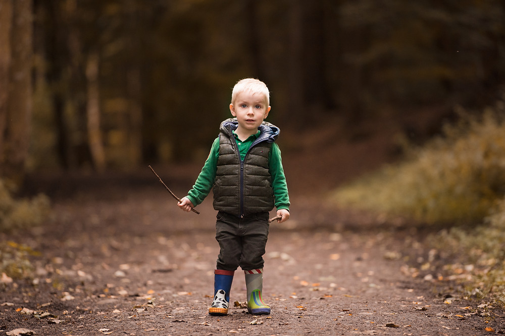 Best-aberdeen-family-children-photographer-montrose-arbroath-autumn-boy-dunnottar-woods-stonehaven
