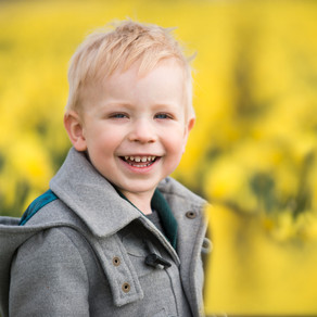 The Fields of Gold: Daffodil Family Photo Sessions | Aberdeen and Aberdeenshire Family Photographer