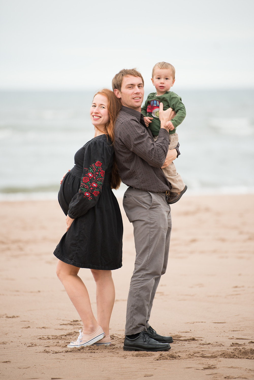 Best-aberdeen-family-children-photographer-montrose-arbroath-aberdeenshire-beach-outdoors-maternity-toddler-boy-st-cyrus