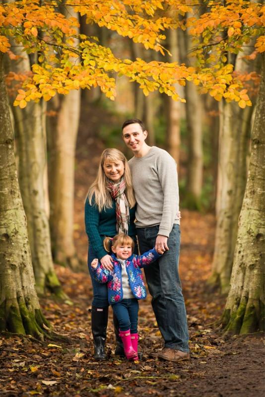 best-aberdeen-family-children-photographer-stonehaven-family-portrait-in-dunnottar-woods