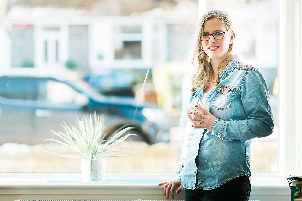 aberdeen-headshots-professional-personal-branding-girl-standing-backlit-by-window