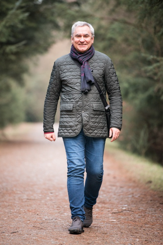 aberdeen-family-photographer-montrose-man-strutting-denlethen-in-laurencekirk-woods