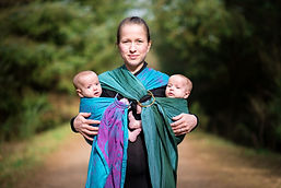 aberdeen-family-photographer-mother-babywearing-twins