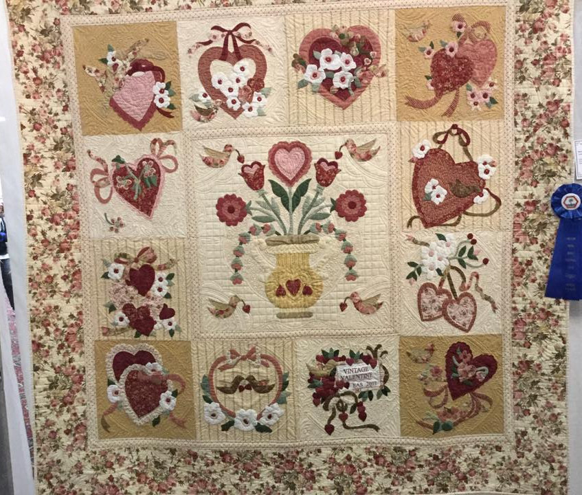 Blue Ribbon Vintage Valentine Quilt by Ann Sowell-Sarles Machine Quilting by Sally Terry