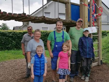 """Klettergerüst auf dem Spielplatz """"Alte Ziegelei"""" saniert!"""