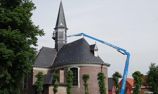hoogtewerker kerktoren