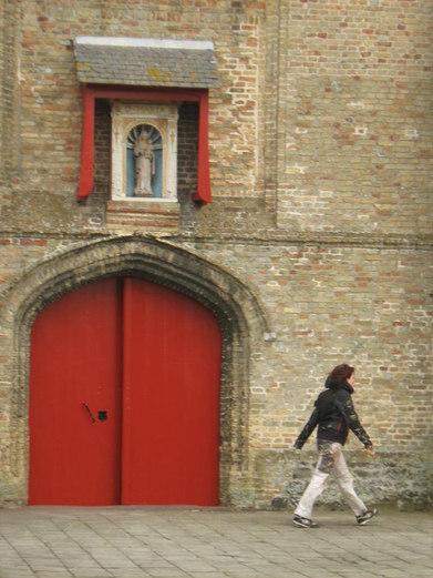 Kerkpoort en kapel Wolvergem