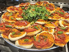 Tomato pies w. Arugula, Lemon Zest + Red