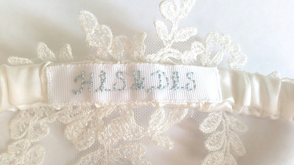 Personalise your garter!