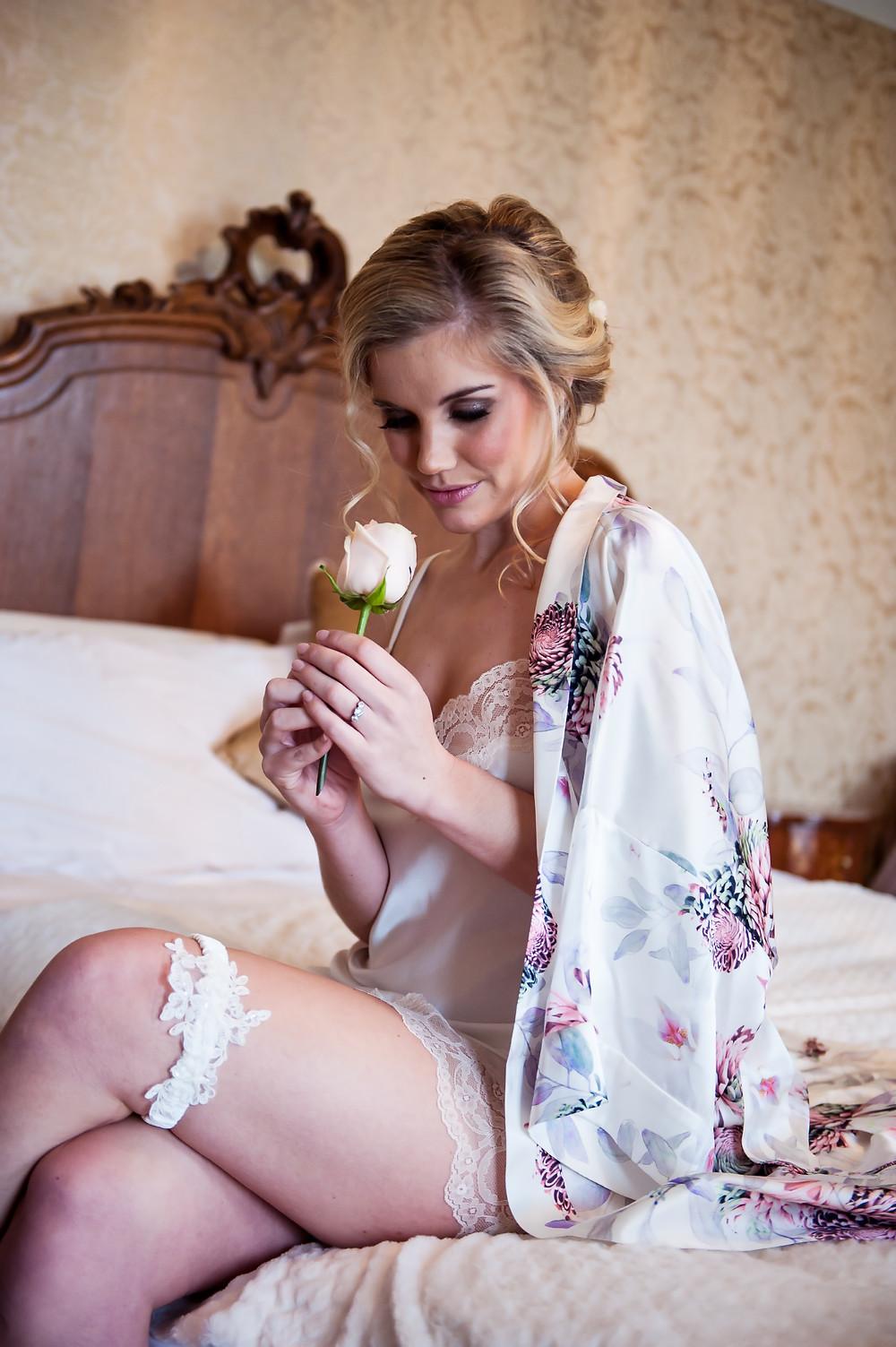 Brigitte garter in silk with beaded lace applique