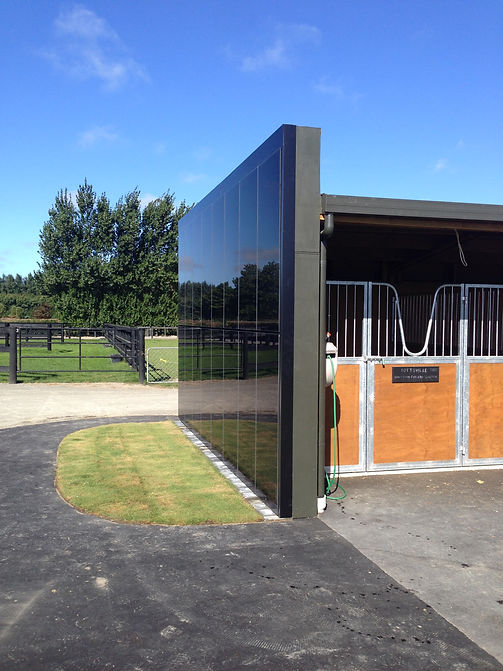 Dom Yearling Stables 027.JPG