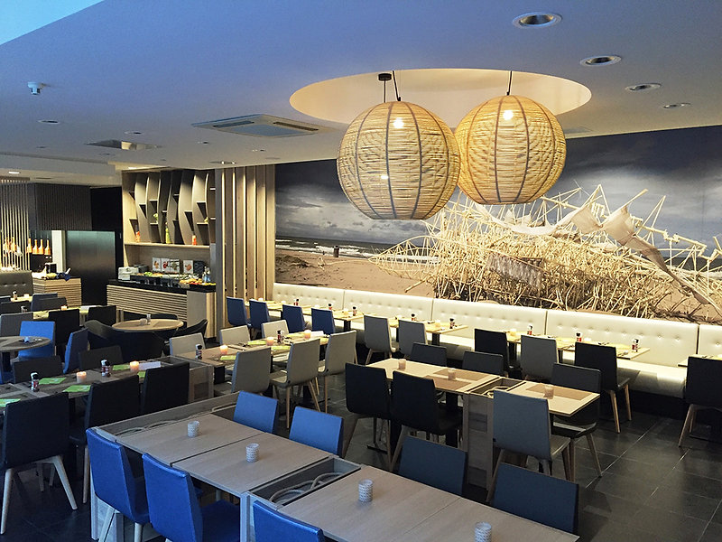 Ostend hotel, Ostend, Belgium, restaurant, interior design, renovation, hotel restaurant, restaurant design, hotel design, Strandbeest, Theo Jansen