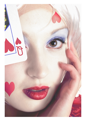 Queen of Hearts png.png