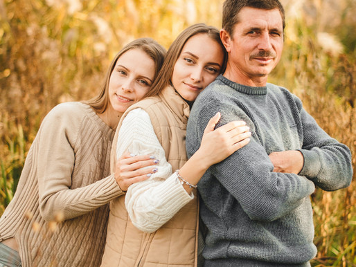 Wealth and Relationships: How to Talk About the Family Money