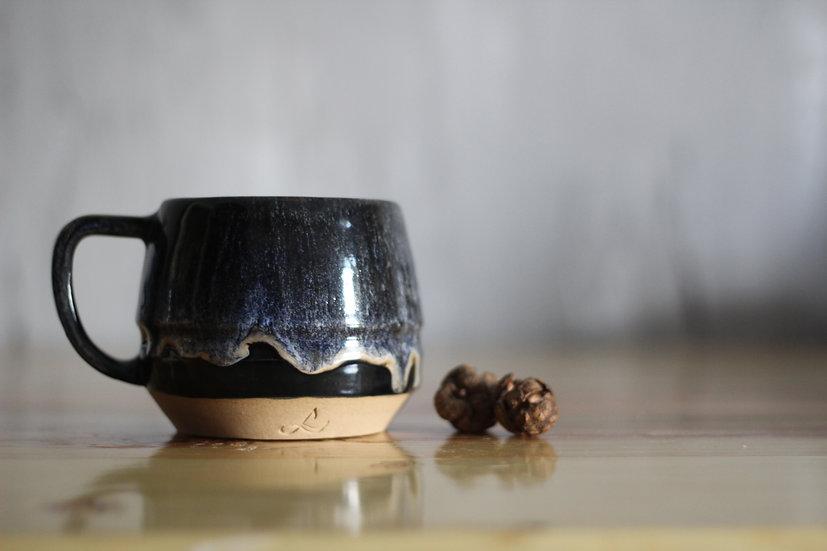 The Iris Mug