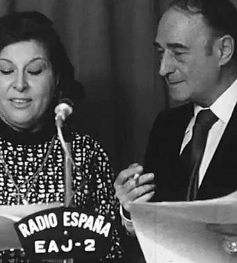 Angel Soler y Lola Cervantes, locutores RADIO ESPAÑA