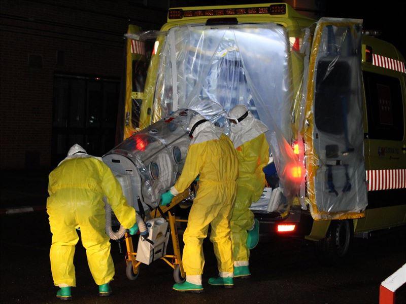 avion ebola2.jpg