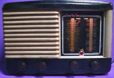 Receptor de radio Invicta de 1947