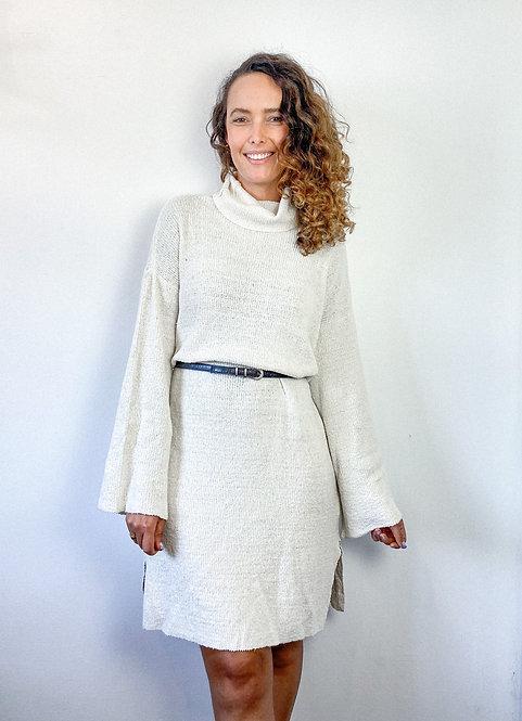 Vestido em tricot manga longa