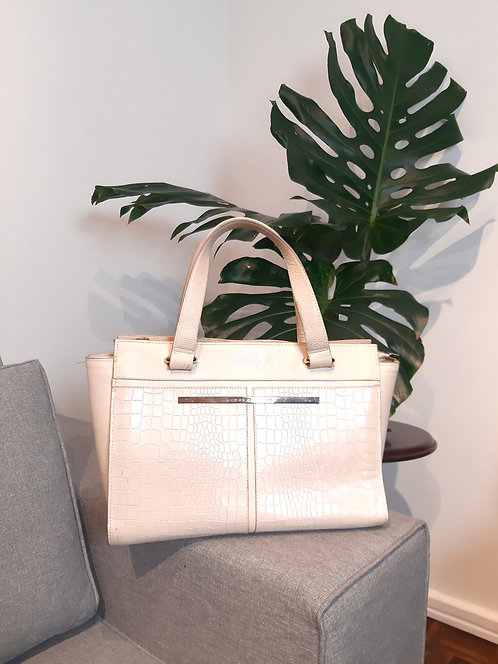Bolsa em couro off white