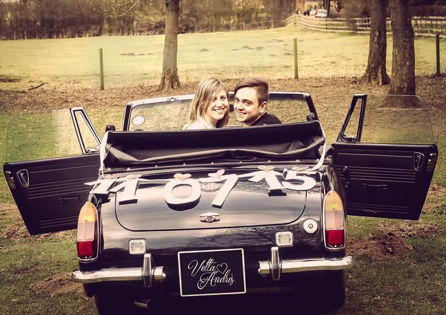 kāzu fotogrāfs, aiva grasberga, couple in a car