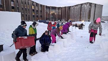 Saamelainen lastenkulttuurikeskus Mánnu