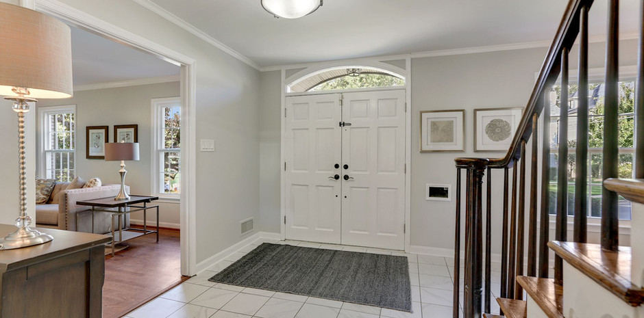 Welcoming Front Foyer...