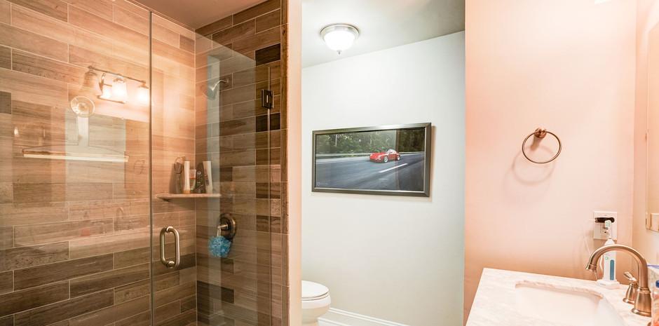 Bedroom #2 Ensuite Bathroom