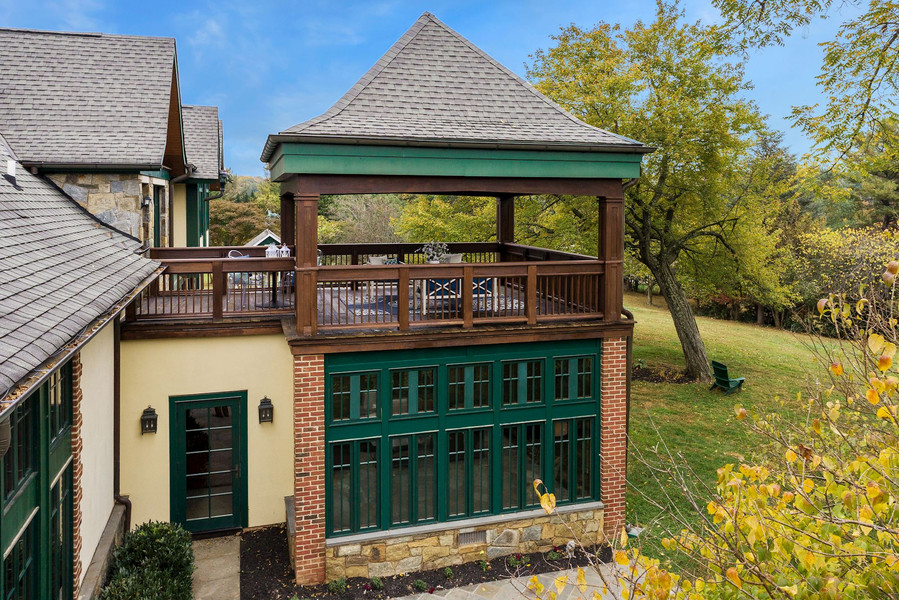 Owner's Suite Deck and Sunroom/Office