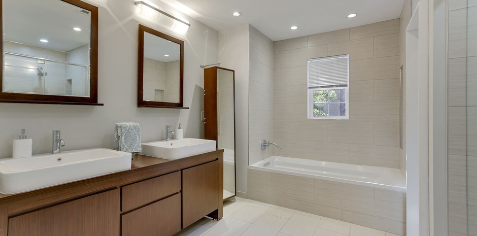 Owners Bath with Double Vanity
