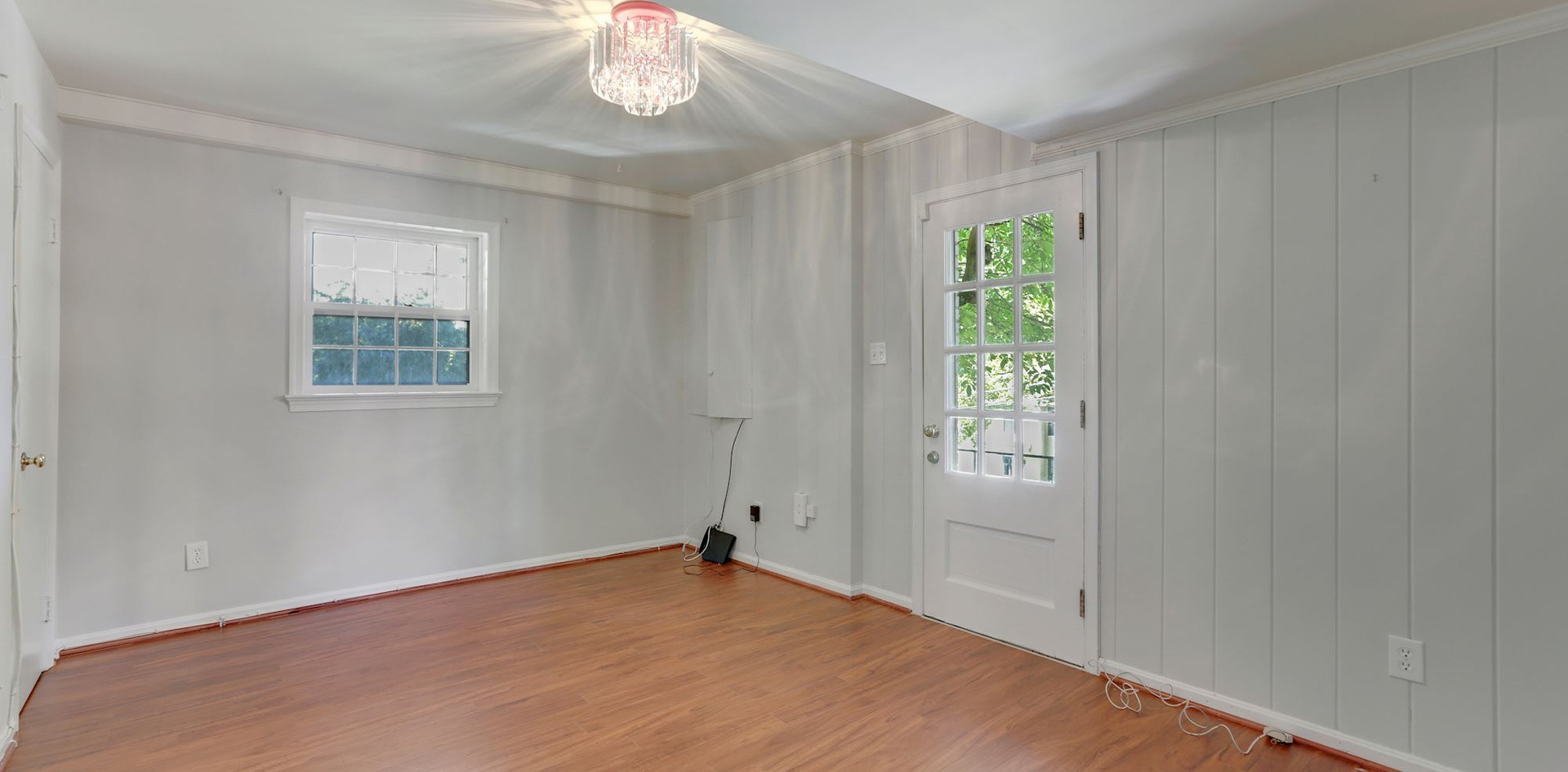 And Fifth Bedroom for Au Pair, In Laws, or Guests