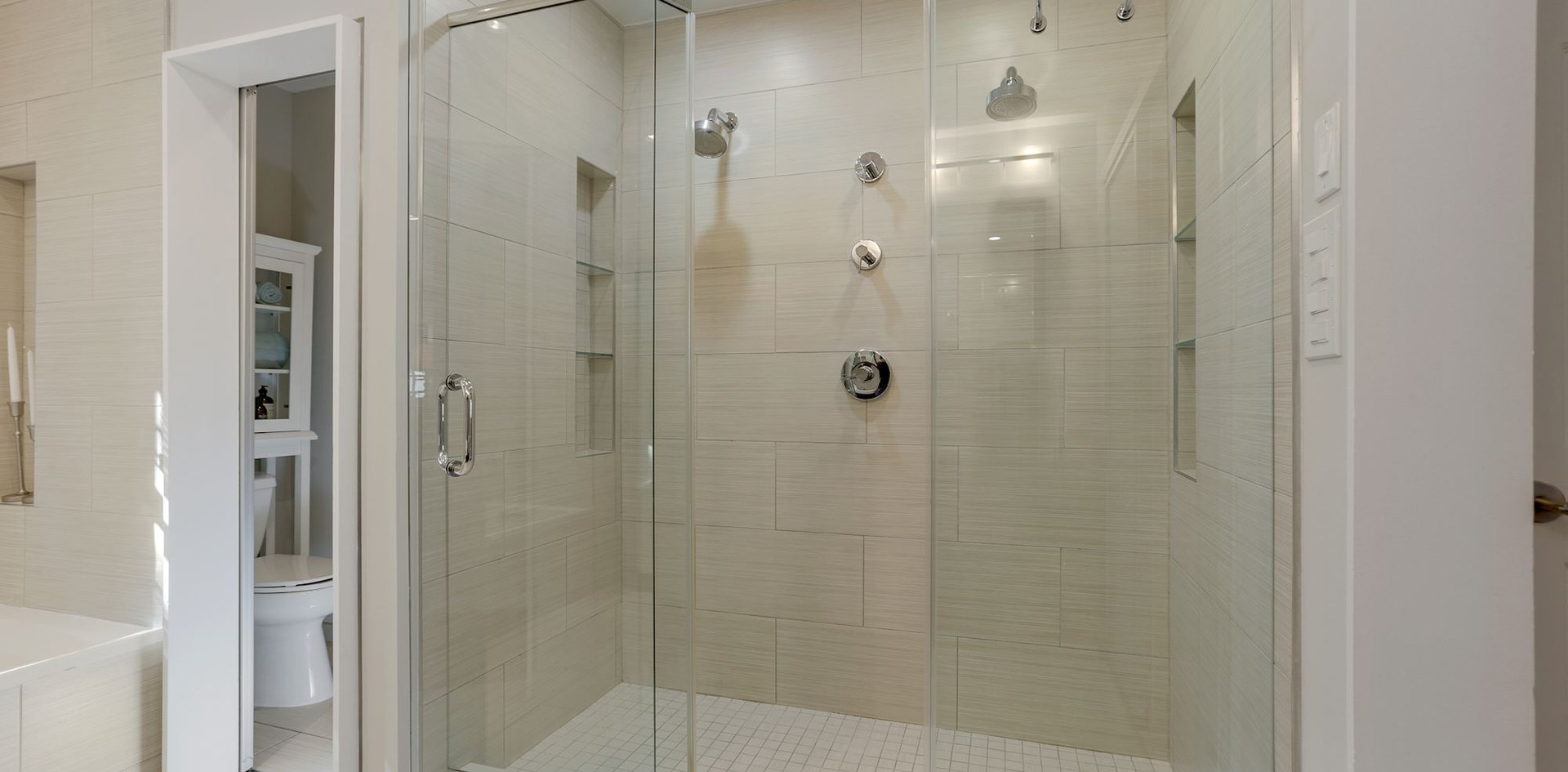 And With Dual Shower