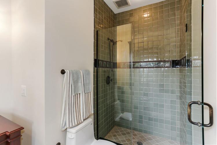 Main Level Ensuite Full Bathroom