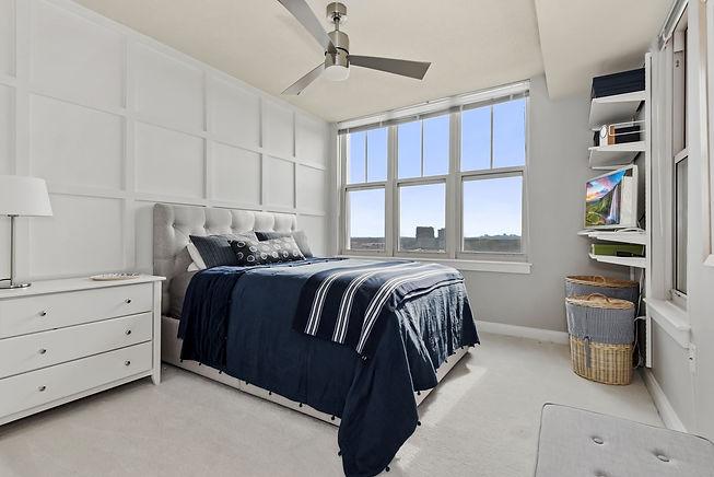 13 - Bedroom.jpg